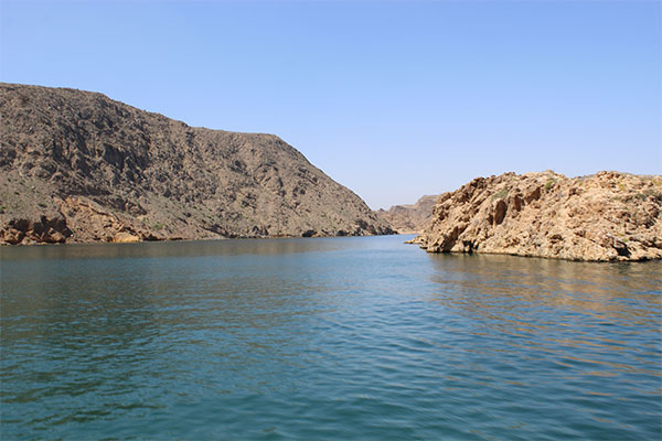 Bandar Al Khairan Island excursion
